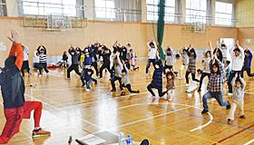 「お掃除体操」やバランストレーニング 郡山で運動教室