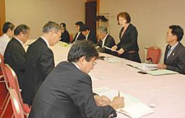 15年度NIE実践12校指定 推進協、事業計画決める